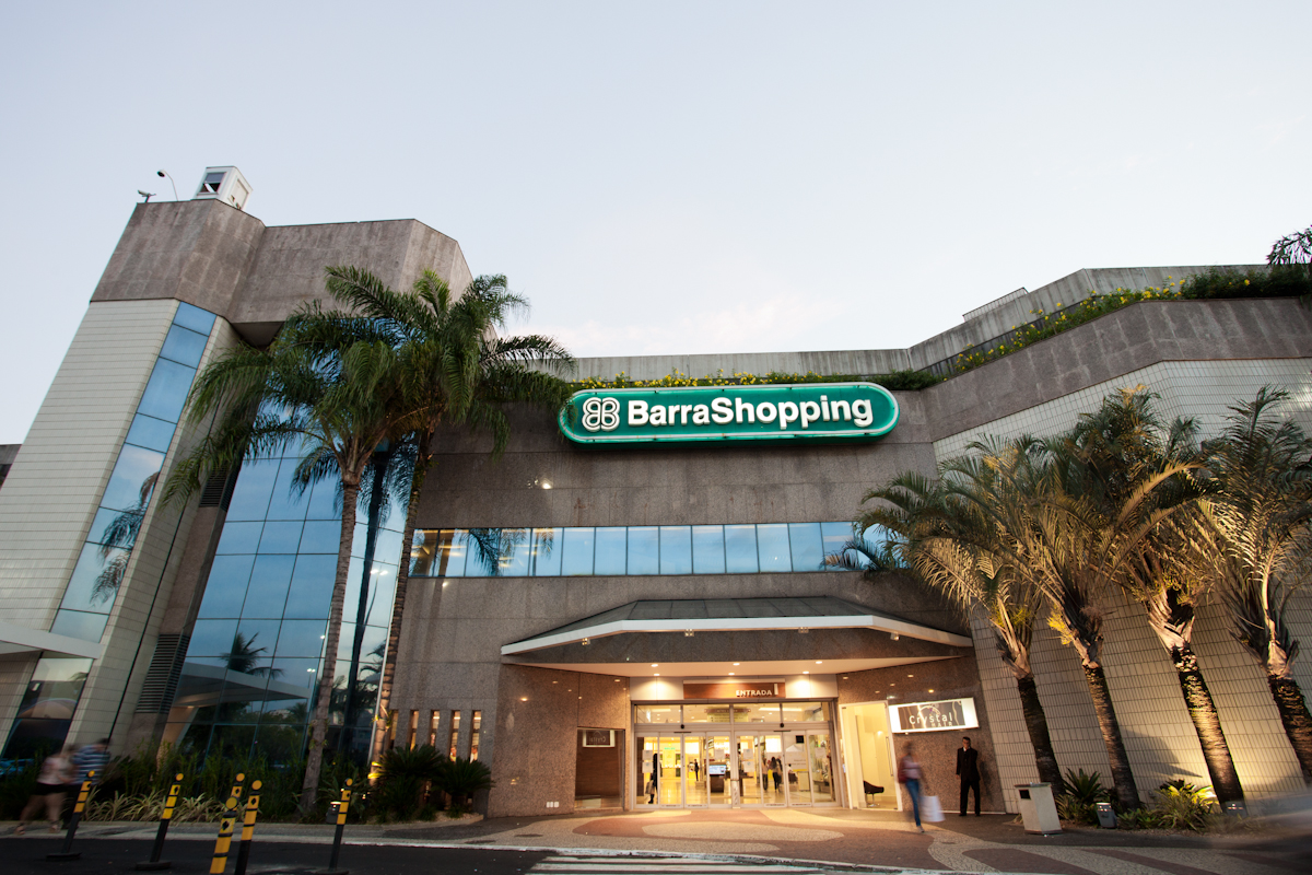 Top 10 shopping places in brazil world around me app for Top ten boutiques