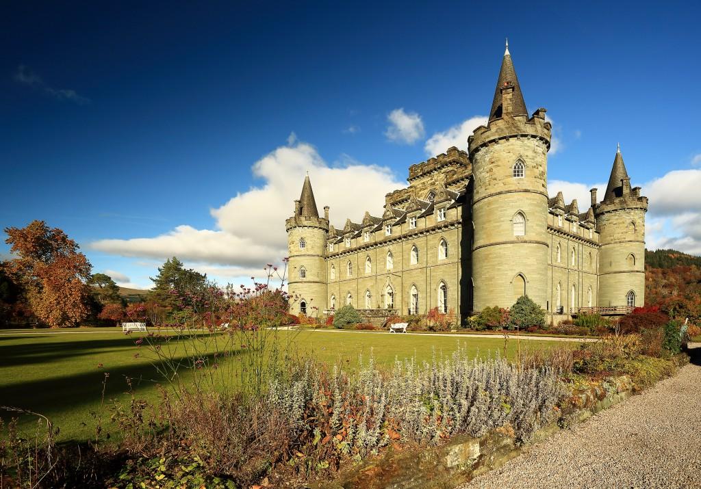 shutterstock_Inveraray Castle